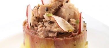 Cuore di carciofo con tonno sott'olio e ravanelli
