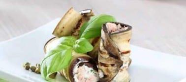 Involtini di melanzane con tonno, ricotta e capperi